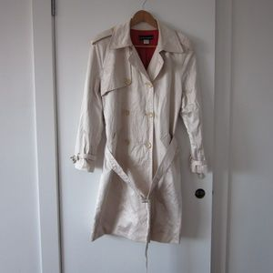 Bianca Nygard - Shinny Cream Trench Coat